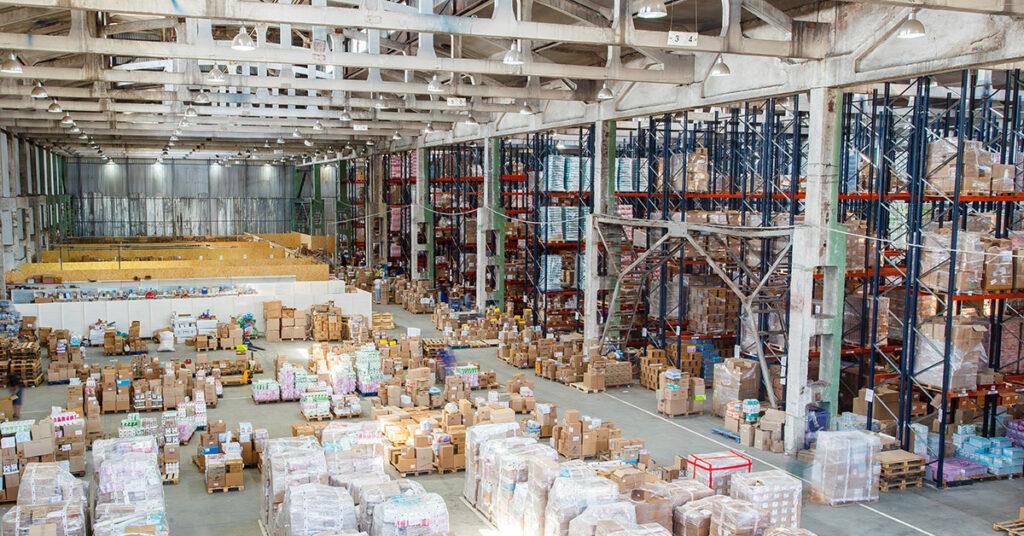 logistics vs supply chain management